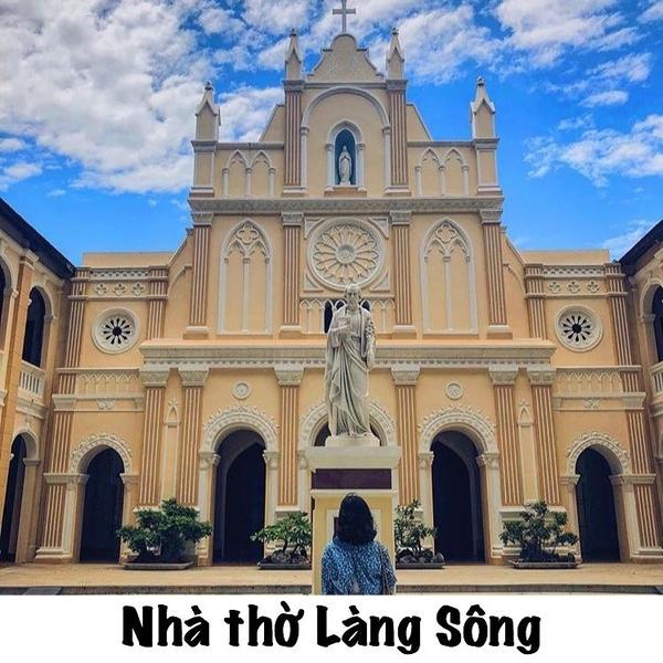 top-10-dia-diem-check-in-song-ao-lam-say-long-du-khach-o-quy-nhon5
